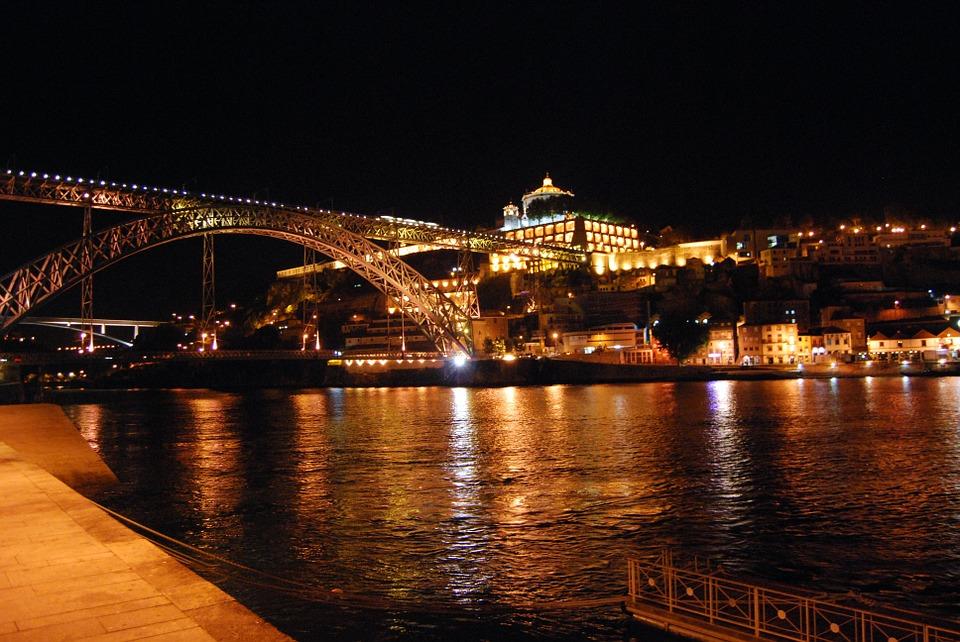 Puente Don Luis I. Oporto