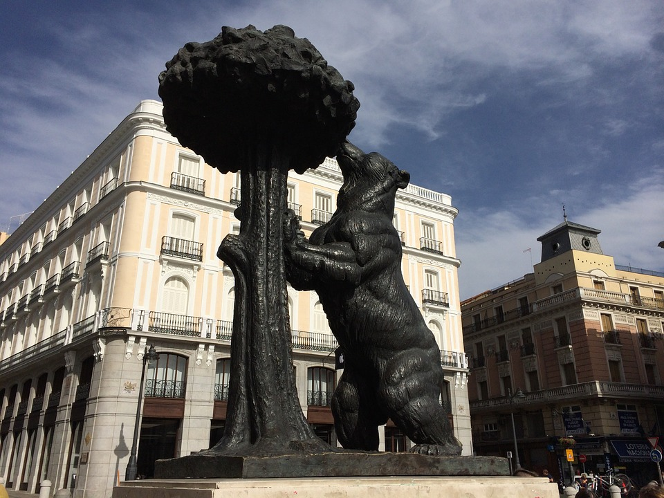 Estatua Oso y el Madroño. Madrid